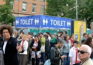 Daar is de WC (1)